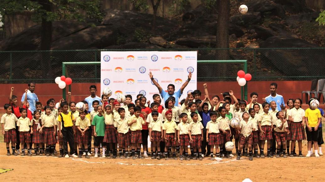 Jamshedpur FC Launch its seventh Football School in Hill Top School